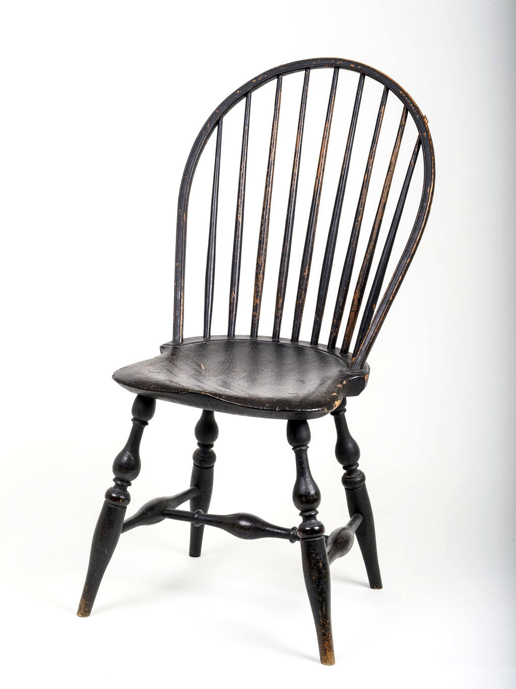 A classic RI windsor nine spindle bowback sidechair